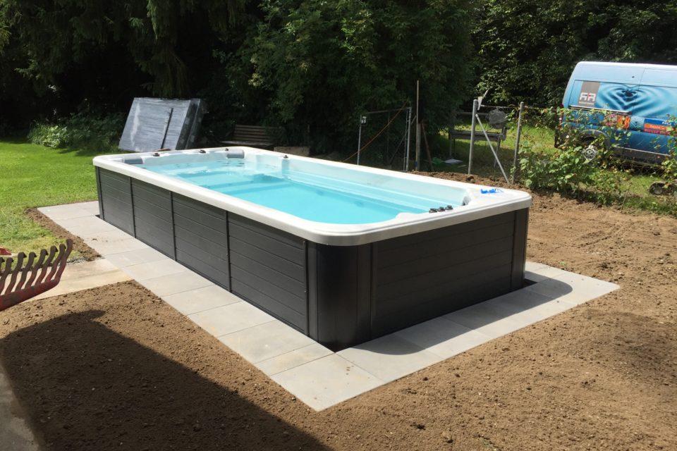 Oceanus Schwimmspa 55 eingebaut