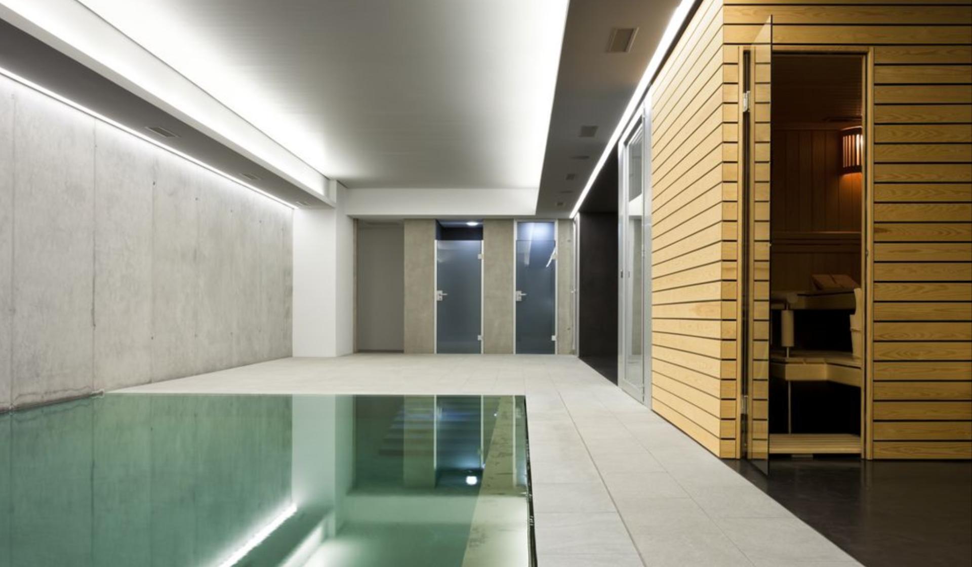 RUKU Thermium Pool Innenbereich RUKU Schweiz Offizielle Vertretung RR Variationen GmbH RRV