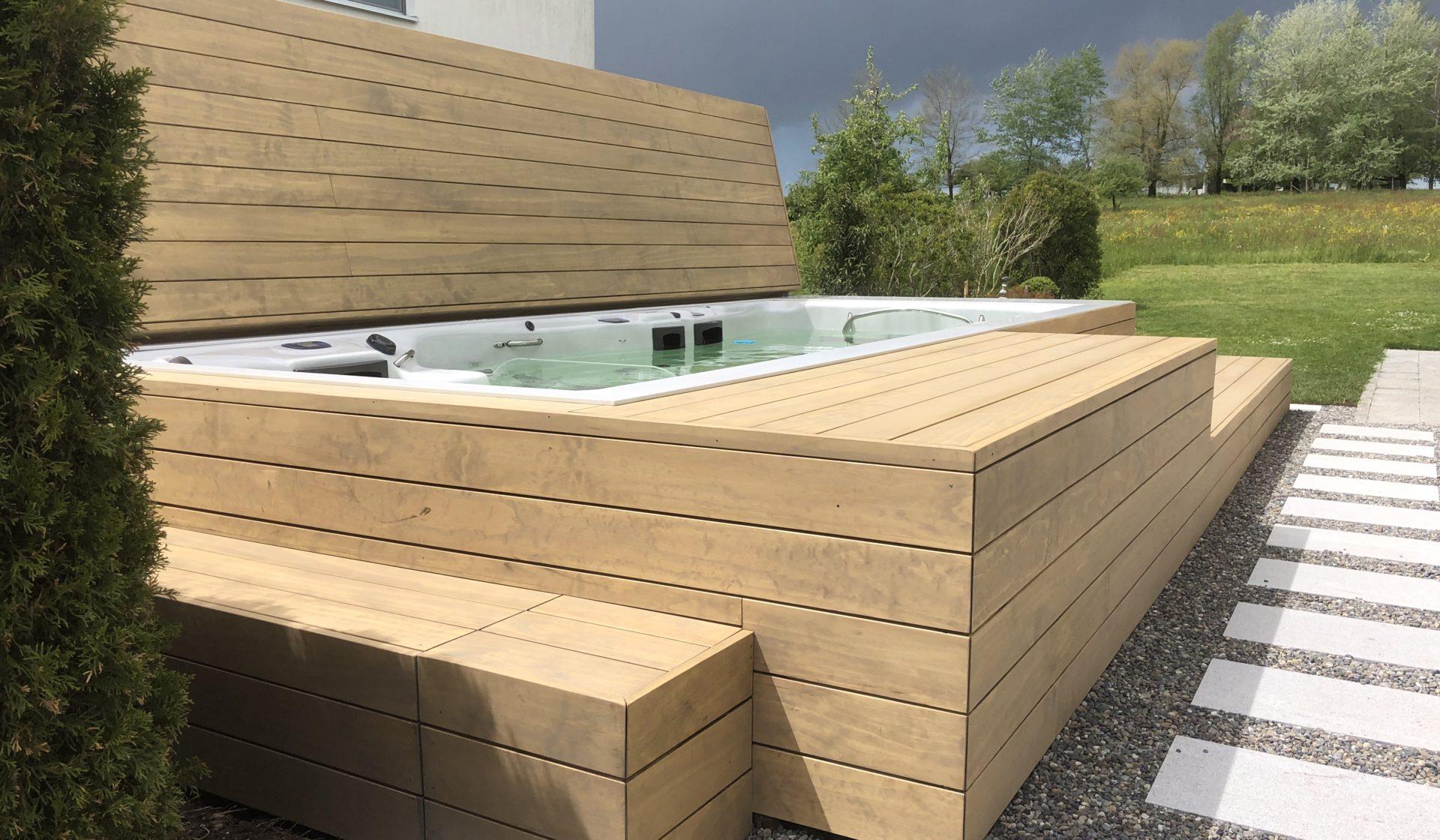 Einbau Schwimmspa mit Accoya Abdeckung Begehbar und Automatisch von RRV