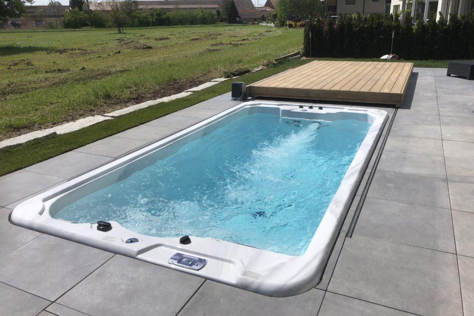 Schwimmspa einbau mit begehbarem Deck RRV