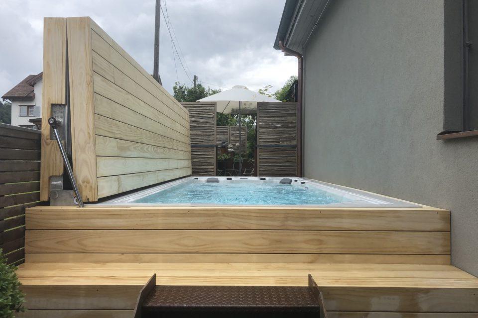 Schwimmspa shwimmspa mit Abdeckung klappbar Rolldeck begehbar