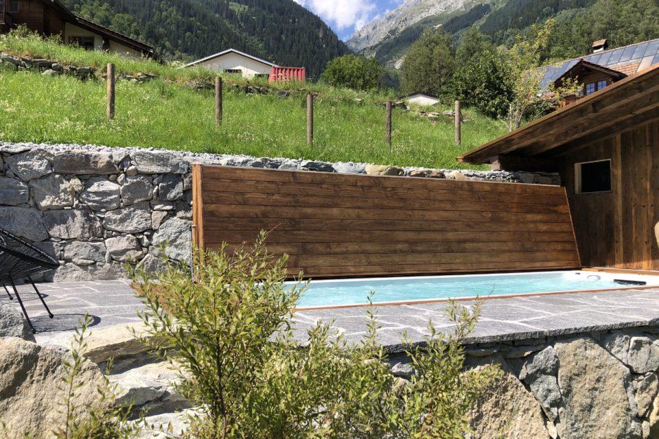 Pool Shwimmspa eingebaut mit Klappdeck automatisch begehba von RRV